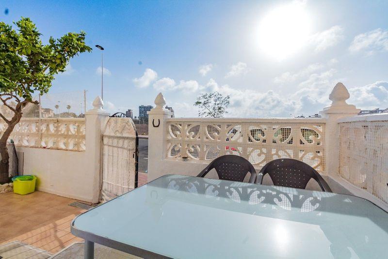 Apartamento en venta  en Torrevieja, Alicante . Ref: 6935. Mayrasa Properties Costa Blanca