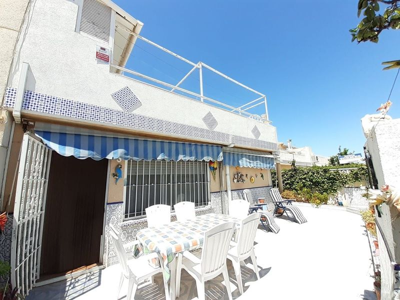 Chalet Pareado en venta  en Torrevieja, Alicante . Ref: 6937. Mayrasa Properties Costa Blanca