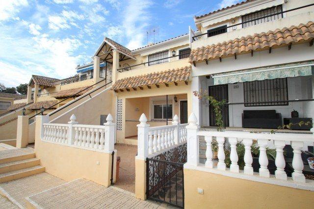 Adosado en venta  en Orihuela-Costa, Alicante . Ref: 6974. Mayrasa Properties Costa Blanca