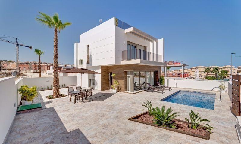 Chalet Independiente en venta  en Orihuela-Costa, Alicante . Ref: 7289. Mayrasa Properties Costa Blanca