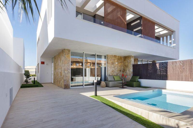 Adosado en venta  en San Pedro Del Pinatar, Murcia . Ref: 7590. Mayrasa Properties Costa Blanca