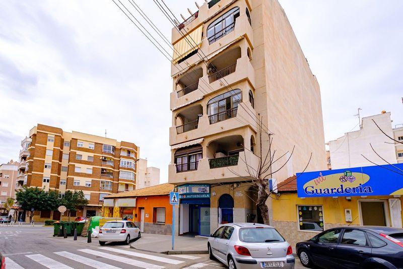 Apartamento en venta  en Torrevieja, Alicante . Ref: 7762. Mayrasa Properties Costa Blanca