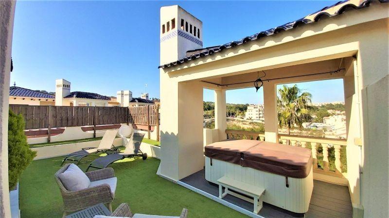 Ático en venta  en Orihuela-Costa, Alicante . Ref: 7860. Mayrasa Properties Costa Blanca