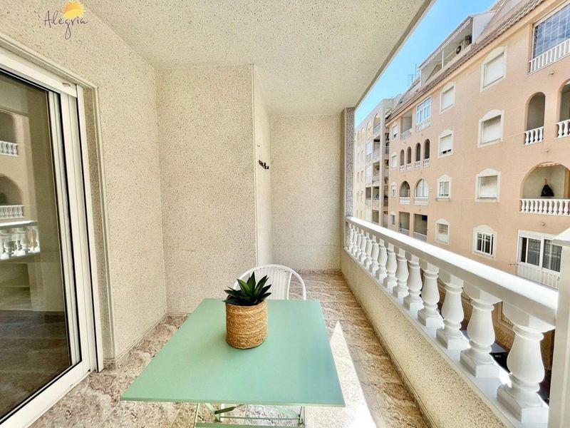 Apartamento en venta  en Torrevieja, Alicante . Ref: 7909. Mayrasa Properties Costa Blanca