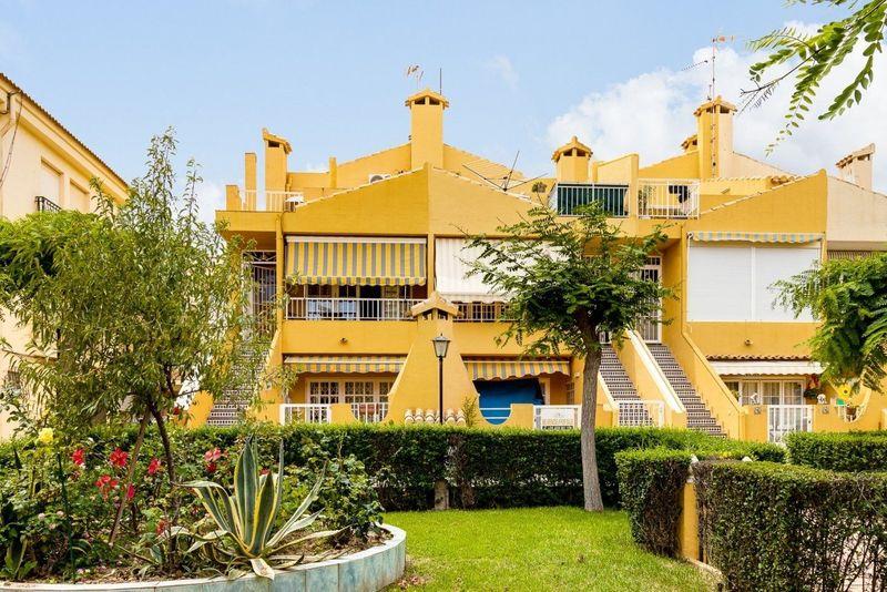 Ático en venta  en Torrevieja, Alicante . Ref: 8280. Mayrasa Properties Costa Blanca