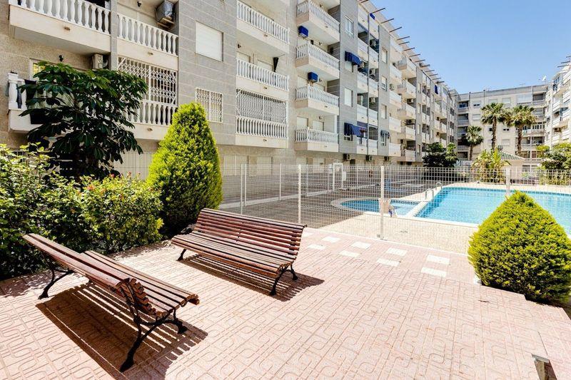 Apartamento en venta  en Torrevieja, Alicante . Ref: 8332. Mayrasa Properties Costa Blanca