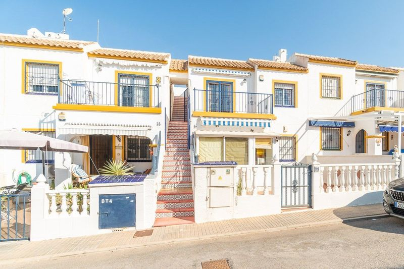 Bungalow Planta Alta en venta  en Orihuela-Costa, Alicante . Ref: 8619. Mayrasa Properties Costa Blanca