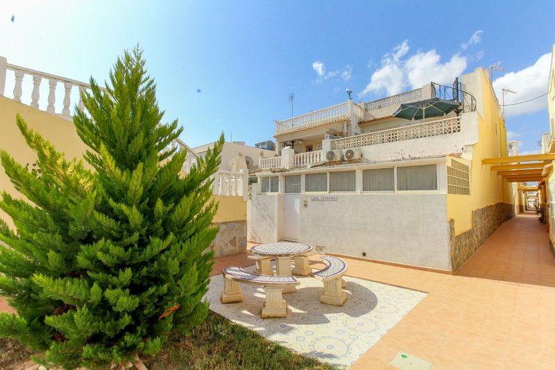 Adosado en venta  en Orihuela-Costa, Alicante . Ref: 8627. Mayrasa Properties Costa Blanca