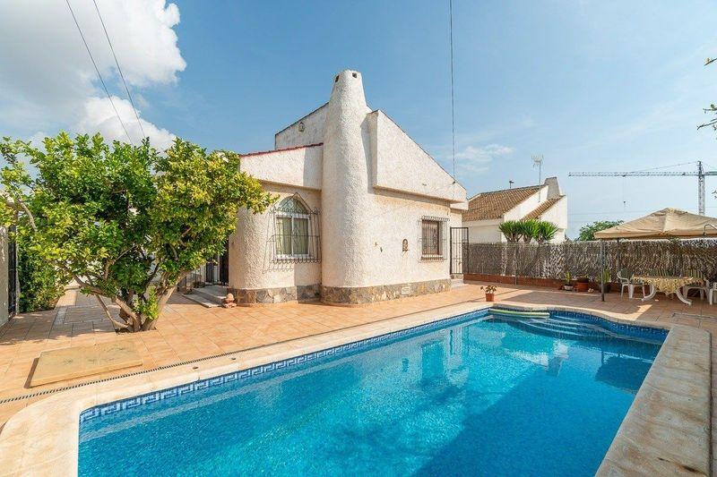 Chalet Pareado en venta  en Orihuela-Costa, Alicante . Ref: 8631. Mayrasa Properties Costa Blanca