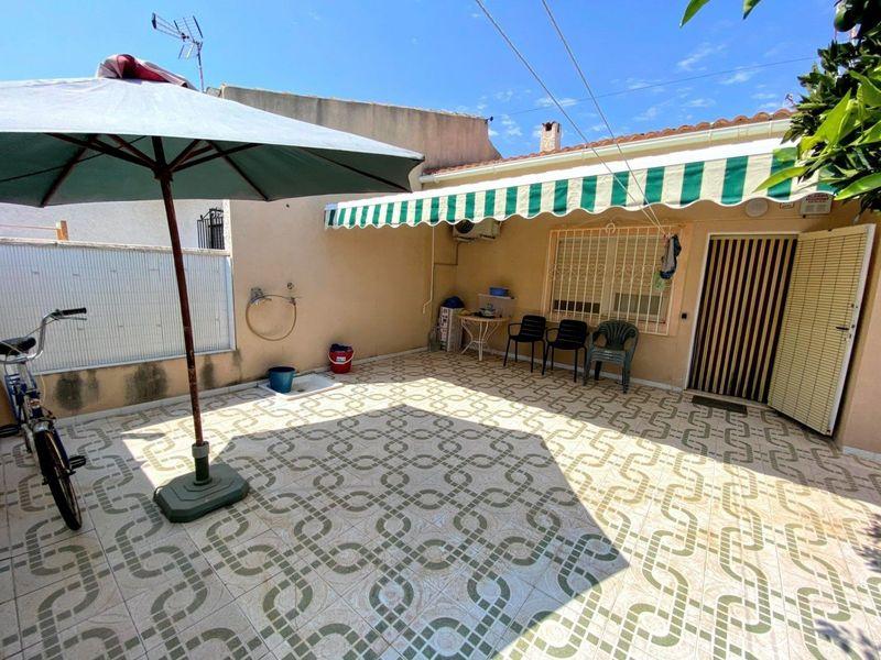 Adosado en venta  en Torrevieja, Alicante . Ref: 8635. Mayrasa Properties Costa Blanca