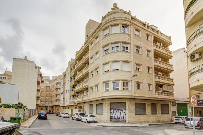 Apartamento en venta  en Torrevieja, Alicante . Ref: 8680. Mayrasa Properties Costa Blanca